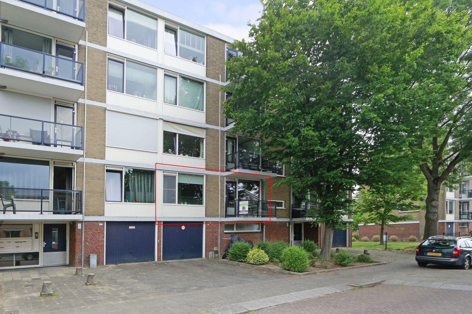 Te koop: Portiekflat Van Karnebeekstraat 97 , Dordrecht