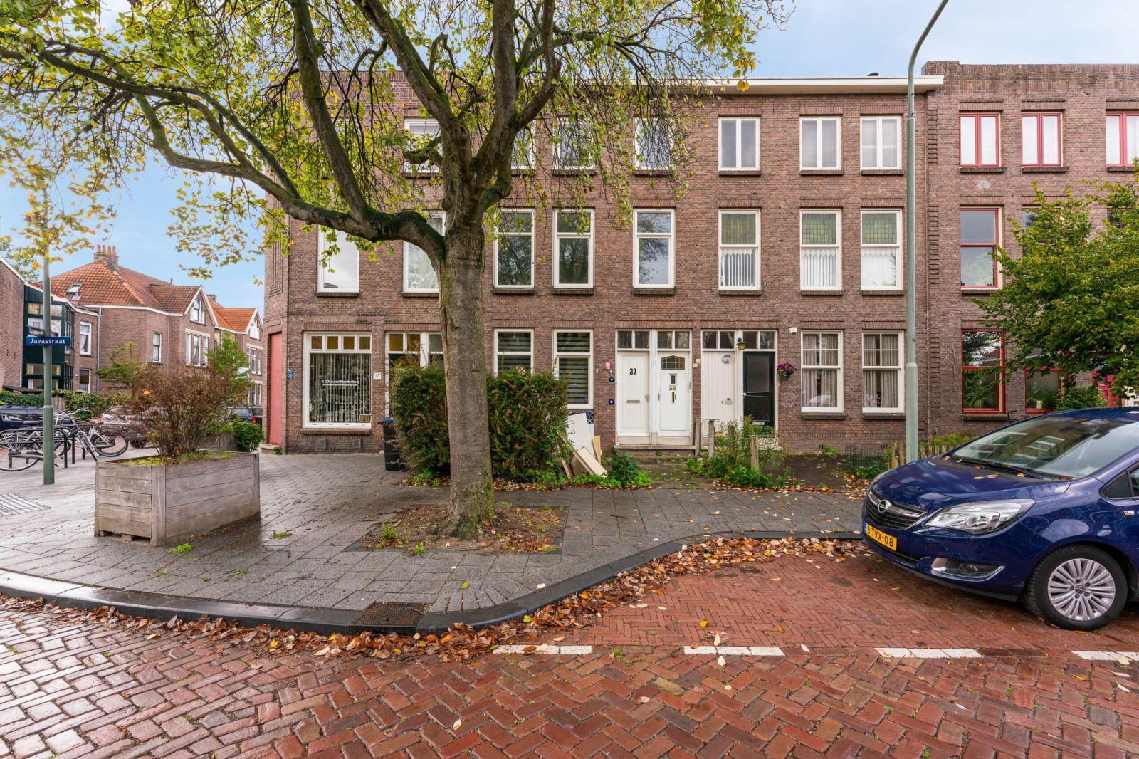 Te koop: Tussenwoning Javastraat 35  37, Dordrecht