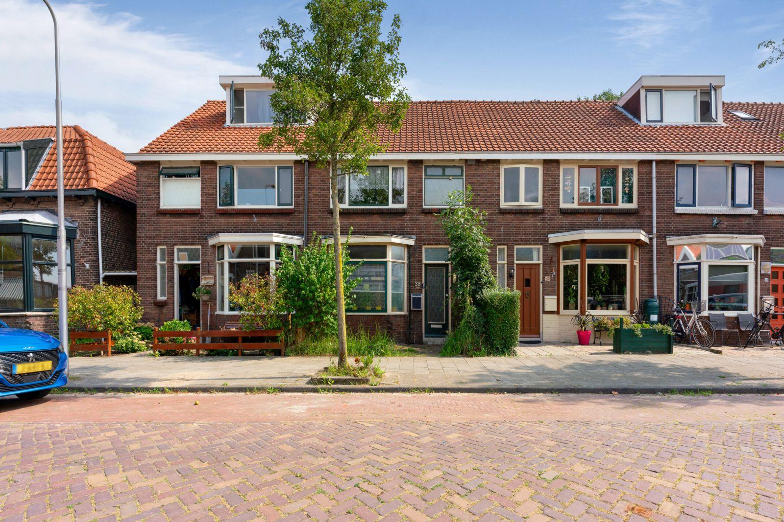 Te koop: Tussenwoning Prins Hendrikstraat 38 , Zwijndrecht