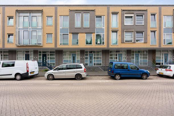 Te koop: Tussenwoning Jacob van Heemskerckstraat 46 , Dordrecht